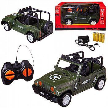 Машинка на радиоуправлении Junfa световые эффекты, зеленая, 20х13х10 см, 1:28