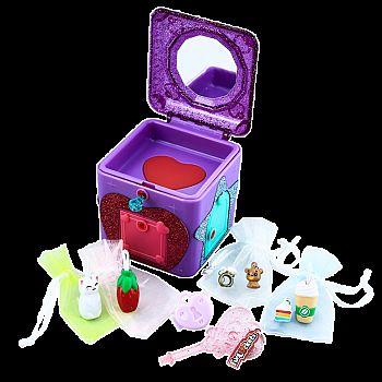 Волшебная шкатулка с секретами Funlockets. Подберите ключики к дверцам и найдите секреты и подвески внутри! 18 сюрпризов, цвета: розовый, фиолетовый.