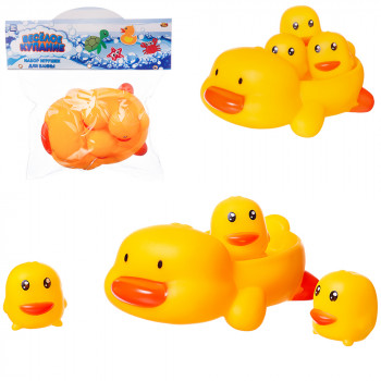 Набор для ванной Abtoys Веселое купание 4 предмета (мама-утка с 3 утятами на спине)